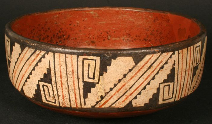 Marvelous Diaguita pottery and a post on this Chilean indigenous culture