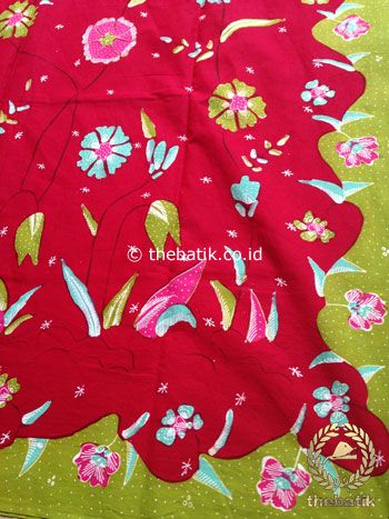 Bahan Kain Batik Tulis Floral Marun Hijau Kupu-Kupu | #Indonesia Traditional #Batik Tulis #Design. Hand-dyed and HandDrawn Process http://thebatik.co.id/kain-batik-bahan/batik-tulis/