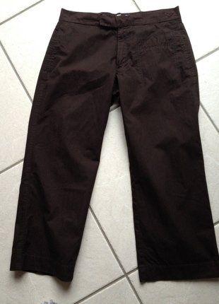 À vendre sur #vintedfrance ! http://www.vinted.fr/mode-femmes/vetements-de-sport-pantalons/26589593-pantacourt-marron-roxy-3840