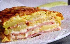 Cuketové lasagne se sýrem, vajíčkem a krůtí šunkou