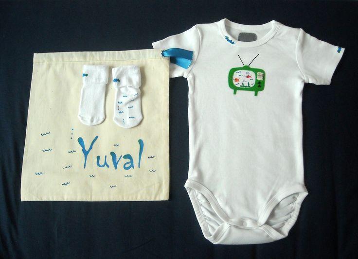 Taller Creativo: Ropa de bebe y bolsa personalizada