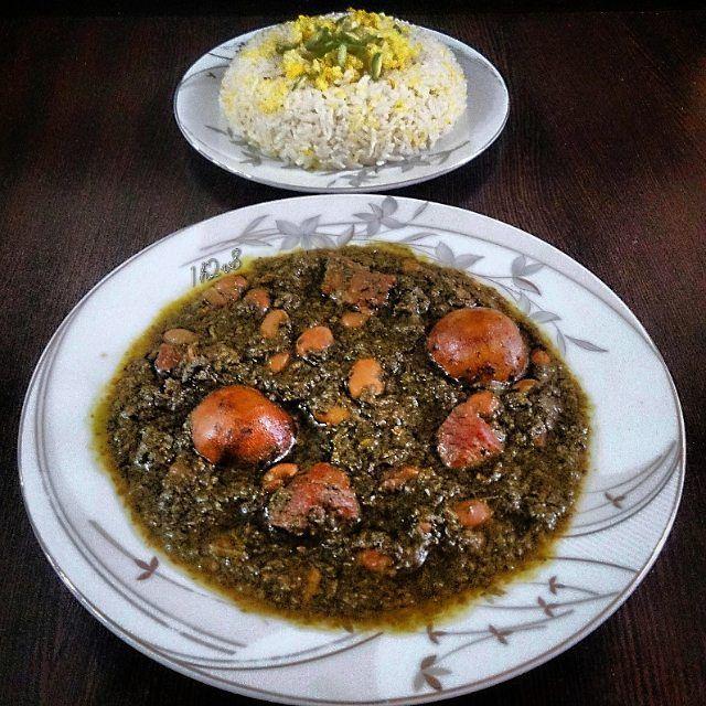 Ghormesabzi (persian food)  #food#foodgasm#stew#soup#persianfood#iran#delicious#yum#beautiful#healthy#herbs#meat#rice#vegetables#cooking#fidilio#homemade#еда#makanan#comida#قورمه_سبزی#بزن#غذا#ناهار#خوشمزه#مزه#جمعه#بپسند#ایران#جنوب by 1h2v8
