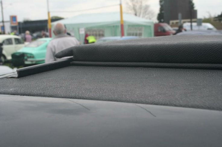 Rear fabric roof cover and slider rail - inside angle
