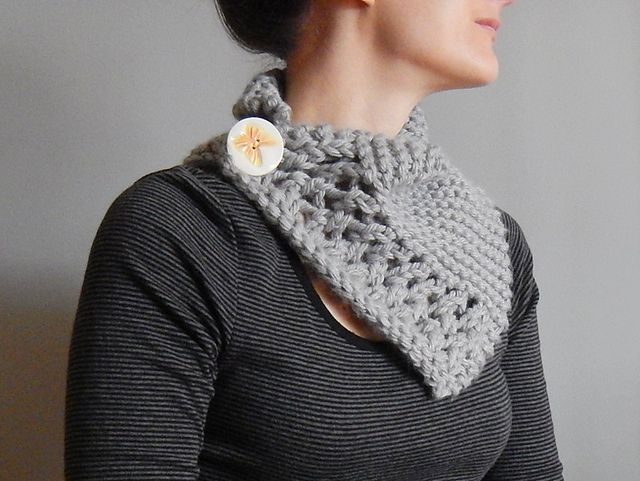 """""""Winter's End Cowl"""" Beginner Lace Knitting Pattern. To learn lace knitting, go to http://knitfreedom.com/classes/lace-knitting. (c) Rebecca Shepler"""