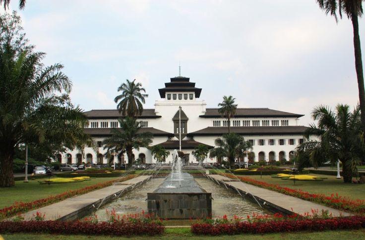 Gedung Sate Bandung, Indonesia