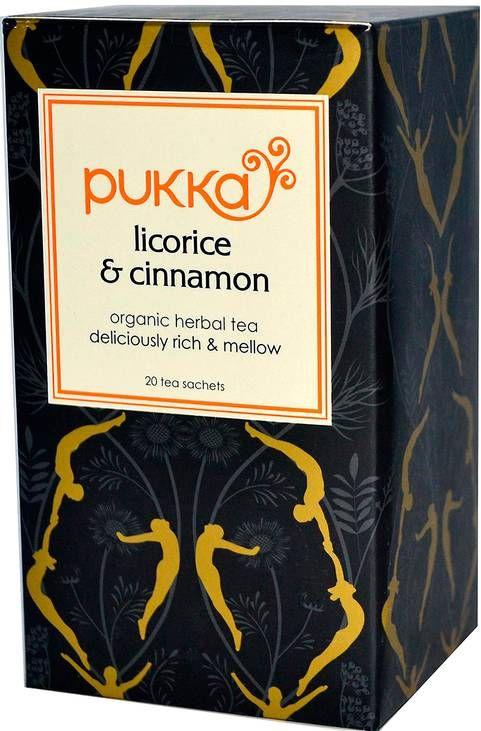 """ANNORLUNDA KVÄLLSNÖJE •Fylligt te med kakao, lakritsrot och kanel. Mät upp en mugg mandelmjölk och värm i en kastrull, tillsätt en påse te och låt dra i fem minuter. Servera och njut. Recept från Biofood. """"Licorice & cinnamon"""", Pukka,"""