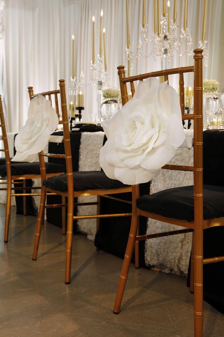 wedding Item chair decoration #Wedding #TRUNK #OneHeart #Chair#Coordinate