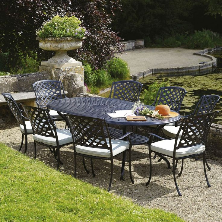 bramblecrest ancona 8 seat oval cast aluminium garden furniture set internet gardener garden furniture pinterest cast aluminium garden furniture - Garden Furniture 8 Seater