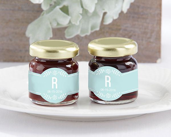 Rustic Wedding Favors - Personalized Rustic Wedding Strawberry Jam - Unique Rustic Wedding Invitations.com #rusticweddings #rusticweddinginspiration