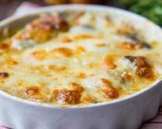 Clafoutis forestier au jambon et à la mozzarella minceur : http://www.fourchette-et-bikini.fr/recettes/recettes-minceur/clafoutis-forestier-au-jambon-et-la-mozzarella-minceur.html