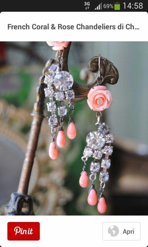 rose di corallo e strass