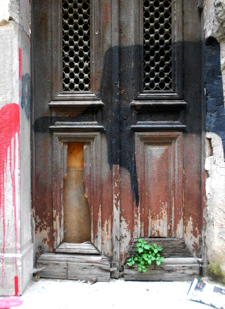 Doors of Exarcheia series; Exarcheia, Athens, 2015