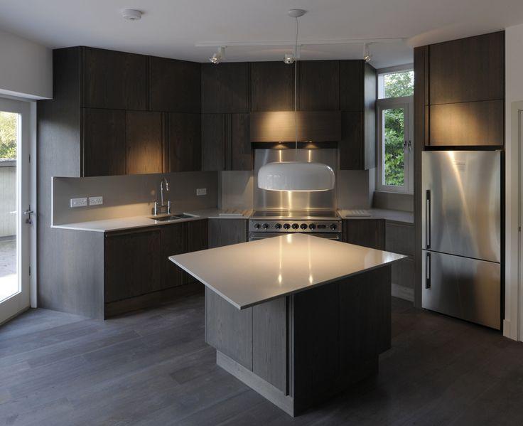 189-Sheringham-House-kitchen.jpg 1,105×900 pixels