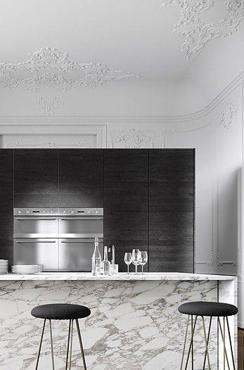 Parisian Apartment | Jessica Vedel Cuisine / Marbre / Noir / Moulures / Haussmanien