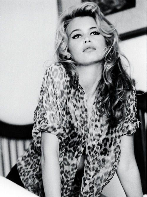 Classic Bridget Bardot - looks like Claudia Scheiffer!