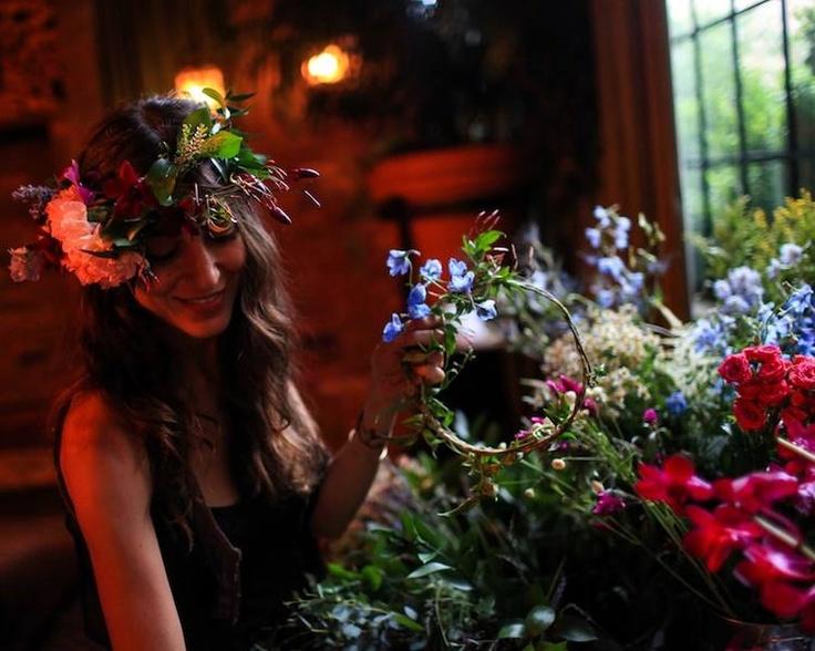 Denise Porcaro at Midsummer: Parties Rocks, Girls Generation, Boutiques Flowers, Wore Flowers, Flowers Girls, Beautiful Flowers, Flowers Company, Flower Girls, Flowers Shops