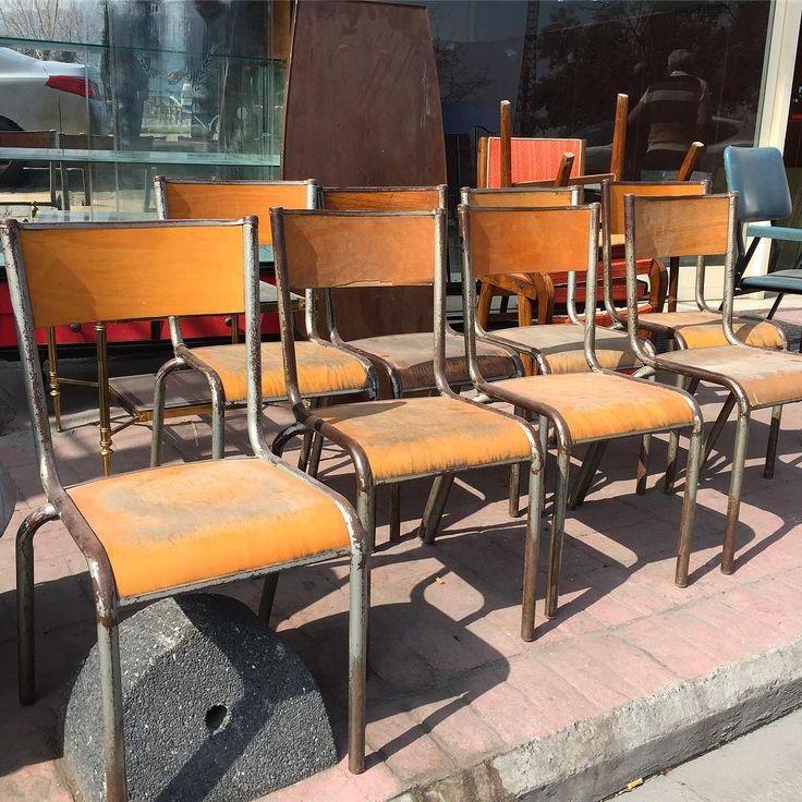 Taa Ingiltereden tasimistim bu Endustriel Ingiliz yemekhane sandalyelerini.