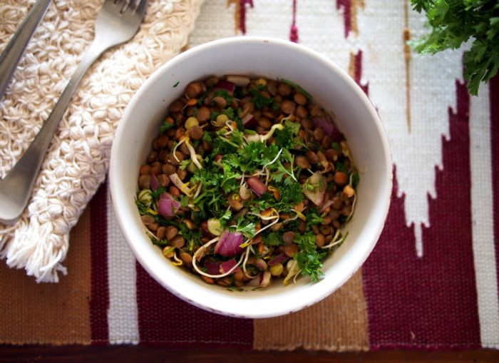 The Conscious Dietitian | All Seasons Lentil Salad with Fresh Herbs and Basil Vinaigrette | http://www.theconsciousdietitian.com