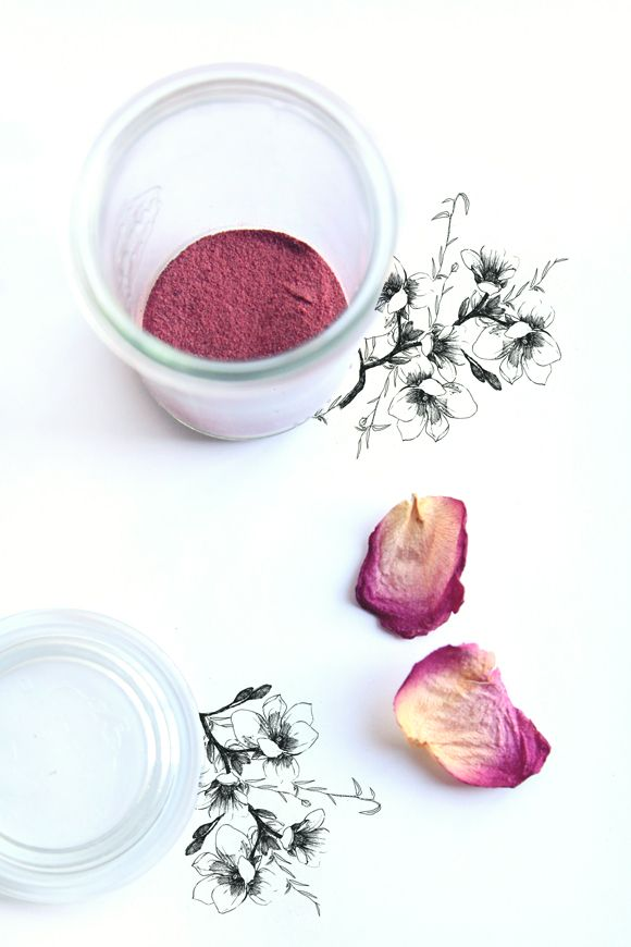 Free People BLDG 25 Blog | How To Make Natural Powdered Blush #organicbeauty #greenbeauty #makeup
