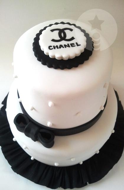 Varita - Chanel cake