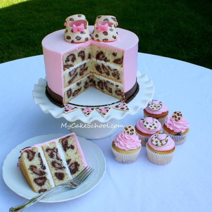 Leopard Cake...LOVE the pink!