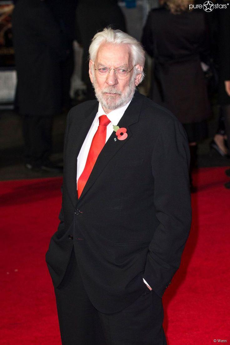 """In """"Die Tribute von Panem - Mockingjay Teil 1"""" spielt er den fiesen """"Präsident Snow"""" - bei der Premiere ist Donald Sutherland natürlich auch zugegen."""