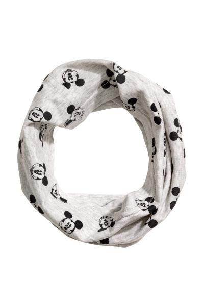 Eșarfă circulară din jerseu: Eșarfă circulară din jerseu din amestec de bumbac, cu motive. Lățime: 33 cm. Circumferință: 46 cm.