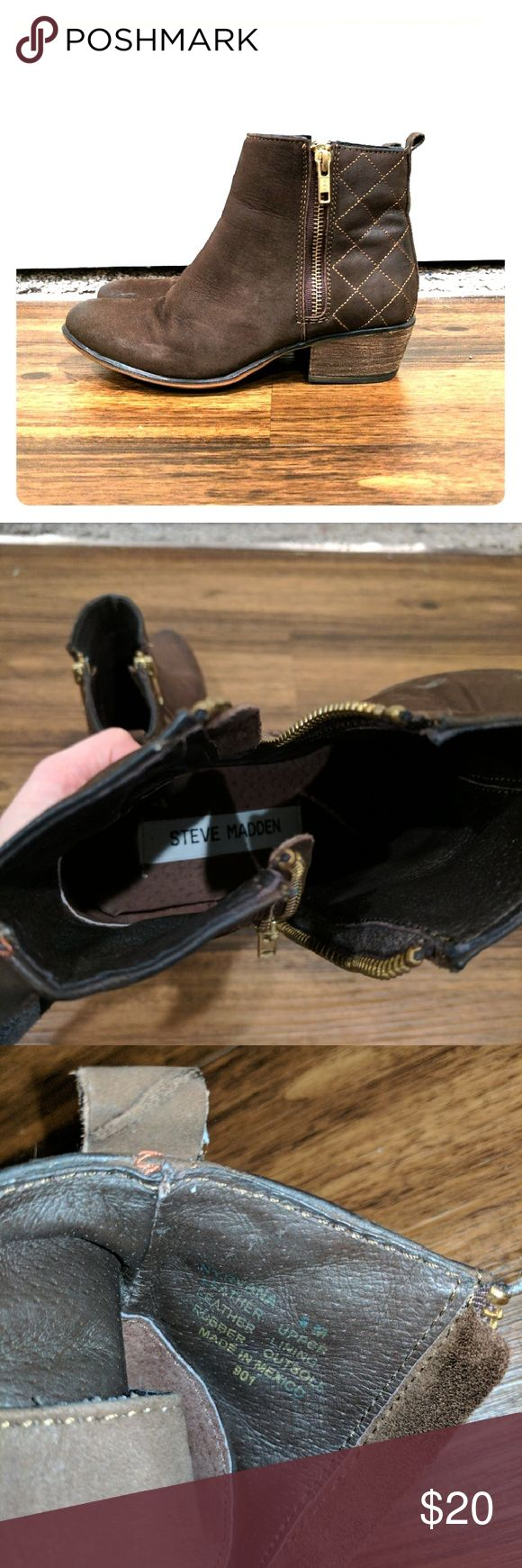 Brown Steve Madden Ankle Boots Size 6 This size 6 brown Steve Maddens have been worn only and have a few scuff marks but nothing major! Steve Madden Shoes Ankle Boots & Booties