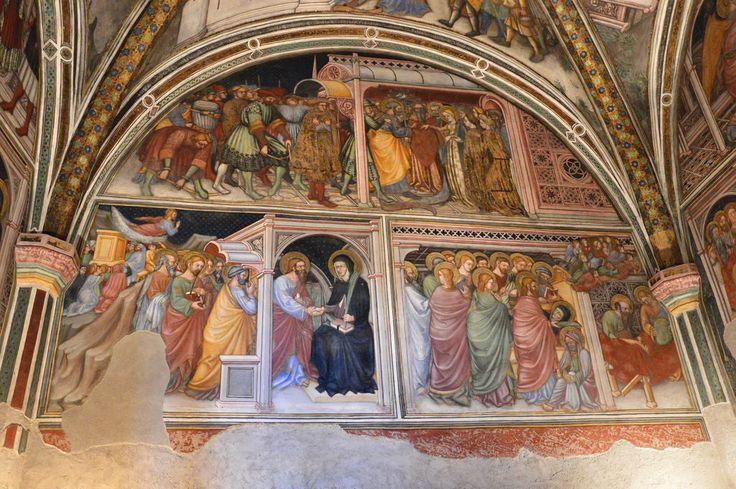 """PALAZZO TRINCI (Foligno, PG) Cappella affrescata da Ottaviano Nelli; il ciclo di affreschi, datato al 1424, è incentrato sulla vita della Vergine Maria e trae spunto letterario dalla """"Leggenda Aurea"""" di Jacopo da Varazze.   Approfondimento su Jacopo da Varazze: www.treccani.it/enciclopedia/jacopo-da-varazze_(Enciclopedia_dell'_Arte_Medievale)/"""