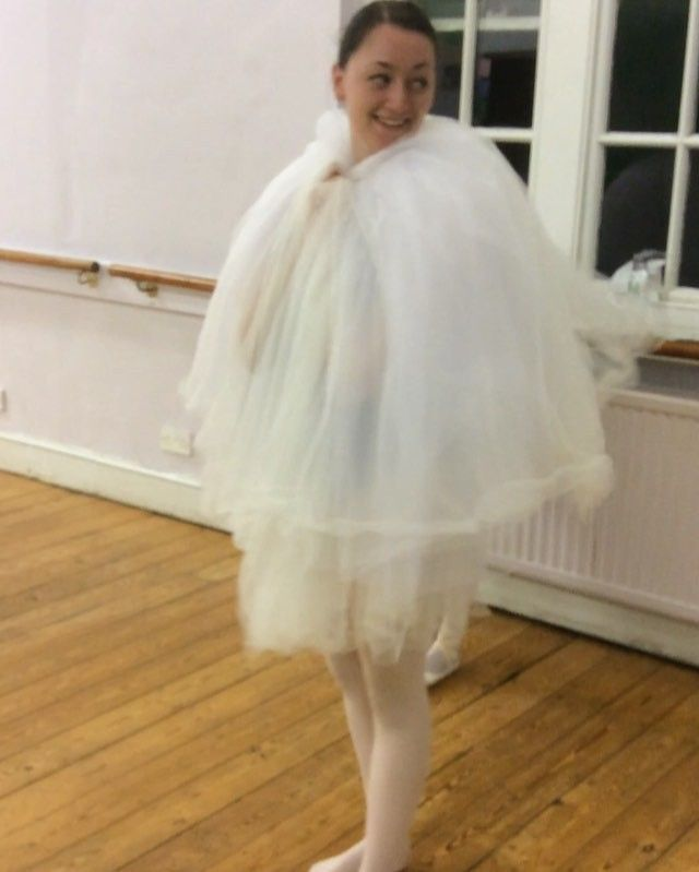 After a #rehearsal one of the #YKBG #dancers pretending to be an ostrich. #oxford #ballet #adultballet #lifeofadancer