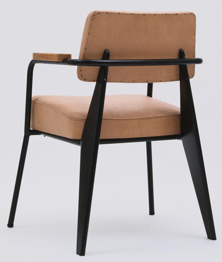les 1113 meilleures images propos de mobilier furniture sur pinterest le corbusier acier et. Black Bedroom Furniture Sets. Home Design Ideas