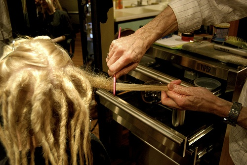 How to Dread Hair...never know when it might come in handy.