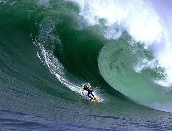 Mavericks, California - The wave of legends has been surfed by only the most gutsy board riders; this mammoth peak forms due to hair-raising storms out to sea and reaches bone-chilling heights of 25 meters.  To surf here, we recommend you bring your jet ski (and a tow-in expert) and some life insurance. In 1994 skilled Hawaiian big-wave surfer Mark Foo died surfing this point. Those surfers who do conquer its peak will join a small club of over-achievers.