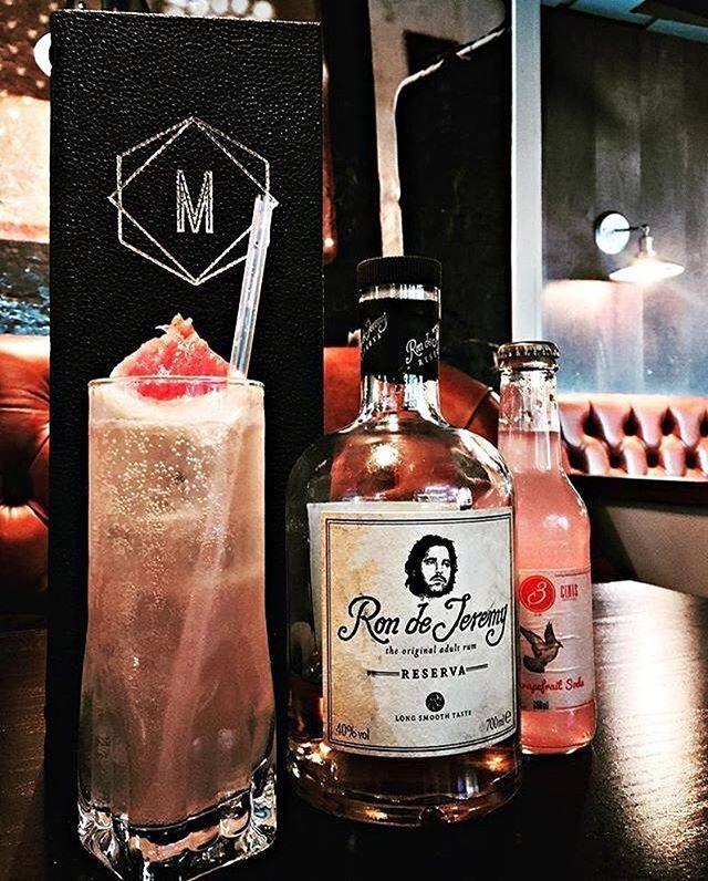 - The Ron de Sh-long 👌- by @miraclefinger (Ig) - 50ml Ron de Jeremy Reserva - 25ml Manahatta Cordial - 4 dashes Peychauds Bitters - 10ml Fresh Lime Juice - 20ml Fresh Grapefruit Juice - 70ml Three Cents Grapefruit Soda. . . . . . . . . . . . . . . . . . . . . . . . . . . . .  #rdjcocktailchallenge3 #rondejeremy #cocktails #bartenders #contest #event #tasty #rum #rumwithatwist #theoriginaladultrum #ronjeremyrum #mixology #inspiration #rumtales #mixing #creative #tasty #cocteleria