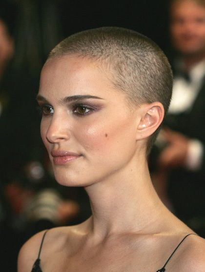 Natalie Portman V | Natalie Portman's Buzz Cut Haristyle from V for Vendetta