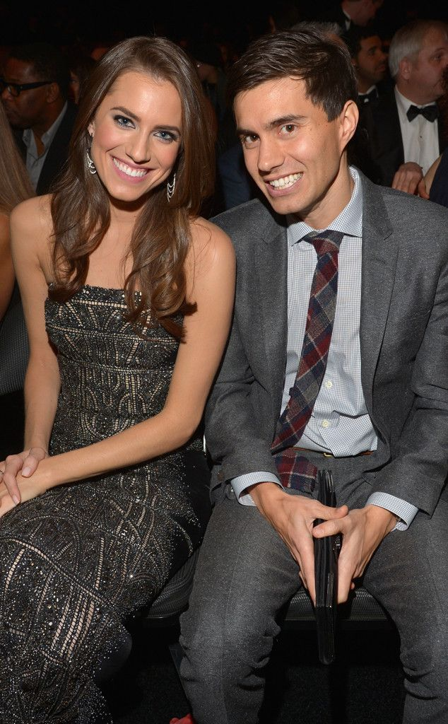 Allison Williams Is Married! Girls Star Weds Ricky Van Veen  Ricky Van Veen, Allison Williams