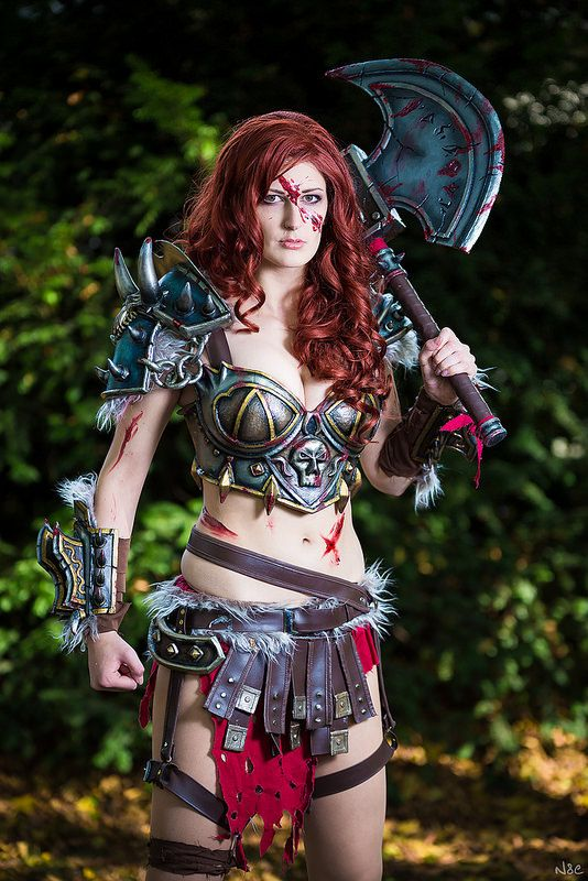 Barbarian, Diablo 3 #cosplay | Connichi 2014 Note the injuries. This is what happens if you don't wear proper armour!