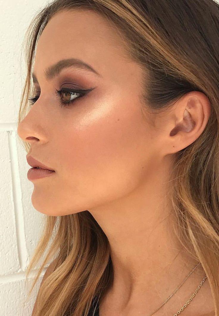 Pinterest: DEBORAHPRAHA ♥️ eyeliner and brown eyeshadow makeup look