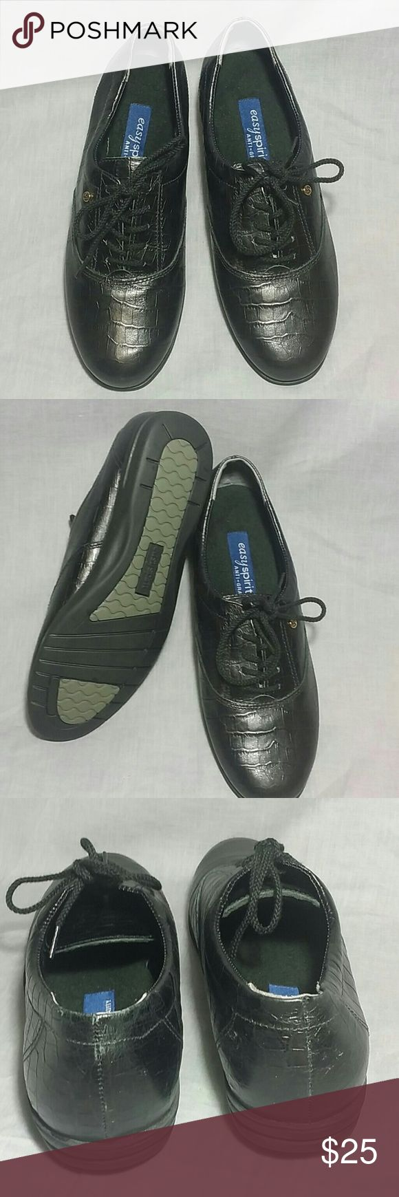 Women's easy spirit shoes black 6.5 Narrow Leather Item is in a good condition ANTI-GRAVITY Shoes NO PETS AND SMOKE FREE HOME Easy Spirit Shoes