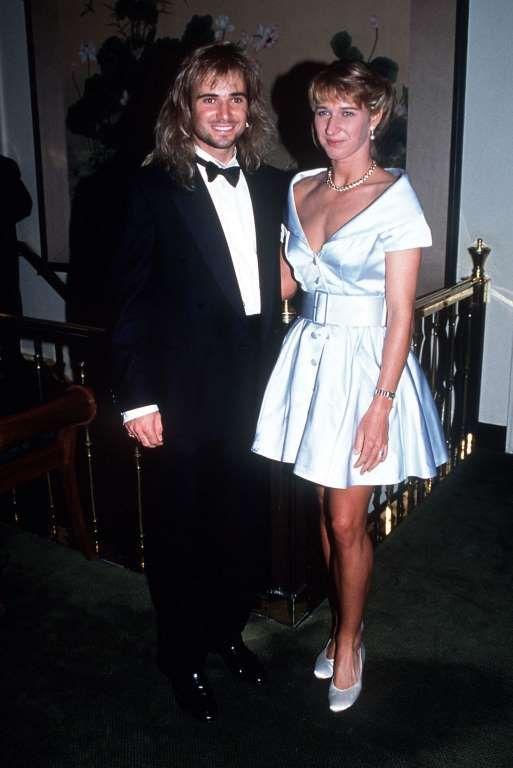 So sehen (Wimbledon-)Sieger aus: Andre Agassi und Steffi Graf 1992. - Getty Images