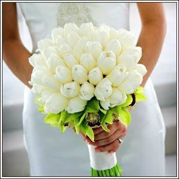 white tulips bridal bouquet