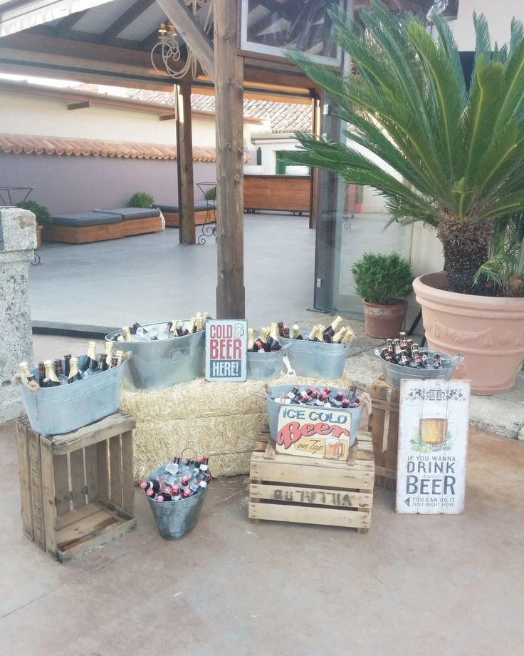 Beer corner wedding. Córner de cervezas boda. Nuages weddings