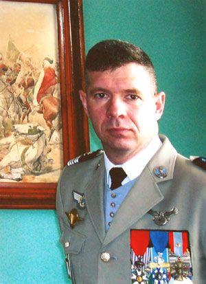 78e Le Colonel Jean-Baptiste Lacoste de Fontenilles Chef de Corps du 2° Régiment de Hussards 2003-2005