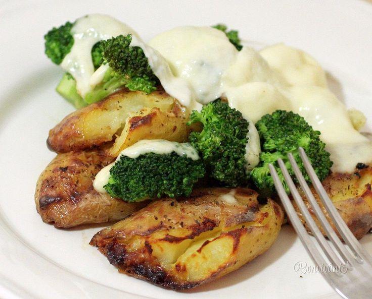 Pečené zemiaky s brokolicou a mozarellou • recept • bonvivani.sk