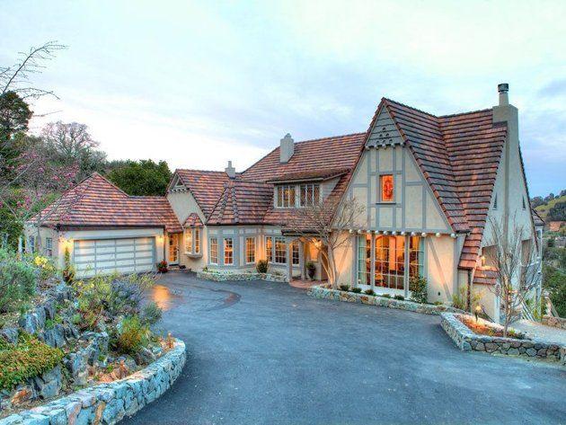 40 best tudor style homes images on pinterest storybook for Storybookhomes com