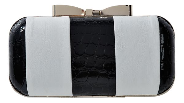 Clutch from Max. #monochrome