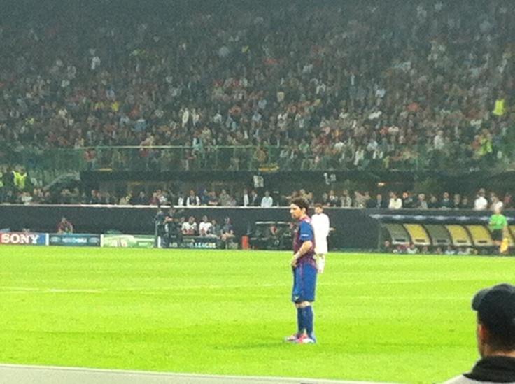 Milan-Barça Messi  @ sansiro via @Greta Faccani
