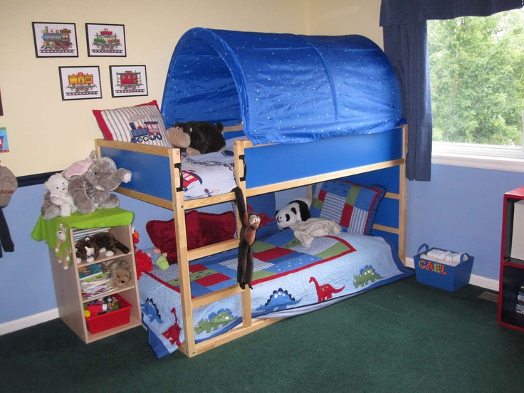 This bunk bed idea is GREAT for little kids!
