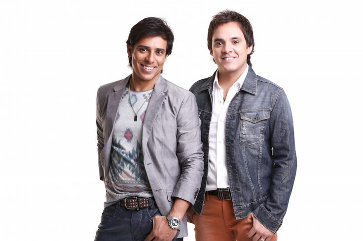 .: Guilherme & Santiago pela primeira vez no Teatro Positivo em Curitiba http://www.resenhando.com/2015/07/guilherme-santiago-pela-primeira-vez-no.html