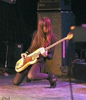 Paz Lenchantin, A Perfect Circle (Mer de Noms, 2000), The Entrance Band